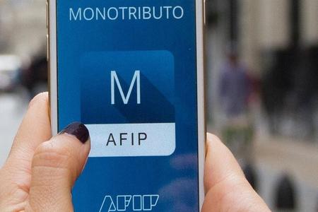 AFIP reglamentó las modificaciones al Monotributo y está recategorizando de oficio
