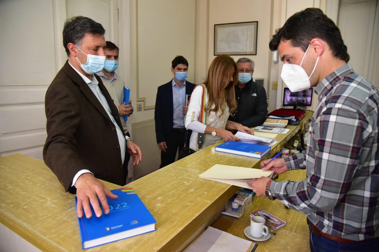 El proyecto de Presupuesto para 2022 del Municipio prevé amuentos de tasas entre el 30 y 35%