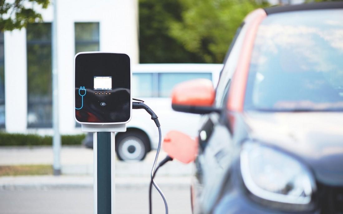 Proponen que a partir de 2041 todos los automóviles fabricados en Argentina sean eléctricos